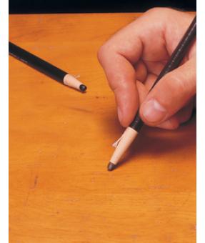 Distressing Pencil, Black