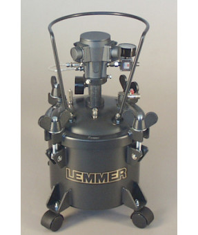 Lemmer 2.25 gallon pressure pot with air powered agitator